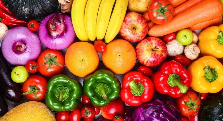 menjalani-promil-sambil-puasa-mengonsumsi-sayuran-dan-buah